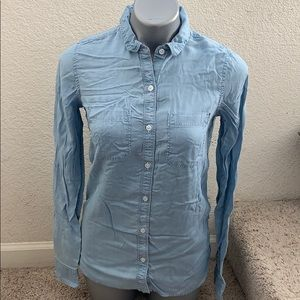 SO perfect shirt button down size S